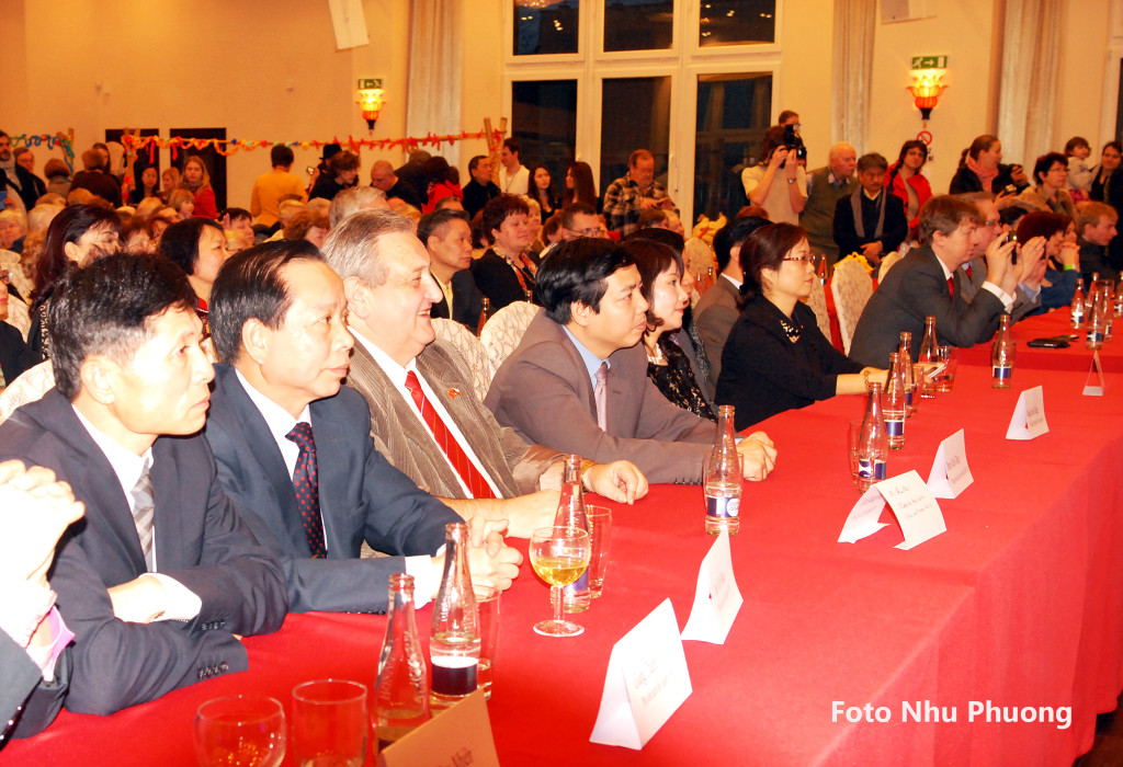 14.2.2014 - Oslava Lunárního roku a staročeského masopustu ve VOC Sapa se vydařila