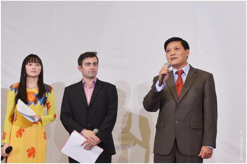 14.2.2014 - Přítomné pozdravil velvyslanec VSR v ČR Truong Manh Son.