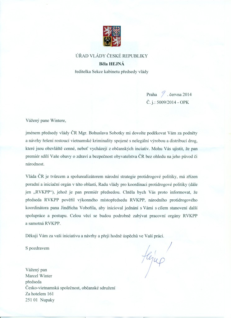 PODEKOVANI_PREDSEDY_VLADY_CR_PREDSEDOVI_CVS_MARCELU_WINTEROVI