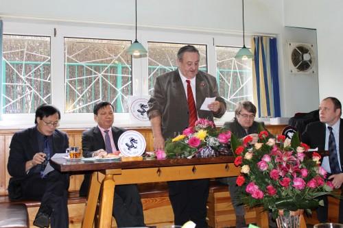 Predseda_CVS_Marcel_Winter_pri_projevu_na_18._valne_hromade_CVS