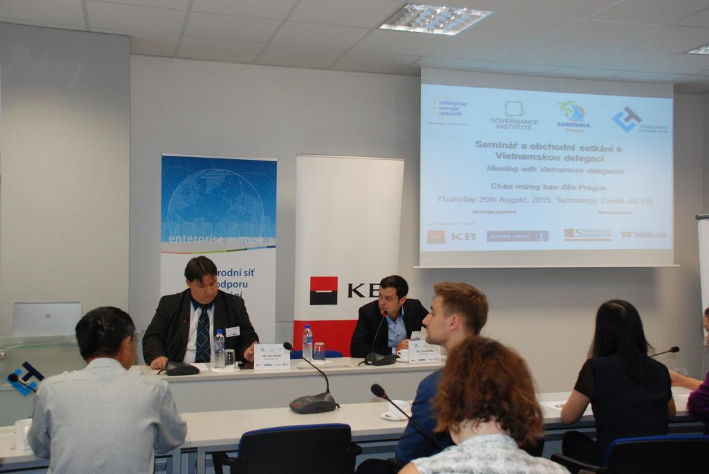 Seminar_a_obchodni_setkani_s_vietnamskou_delegaci_zahajil_Ing.Petr_Hladik__PhD.