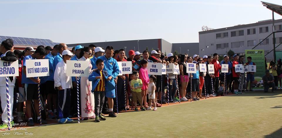 Slavnostní zahájení tenisového turnaje Vietnamců v Modleticích